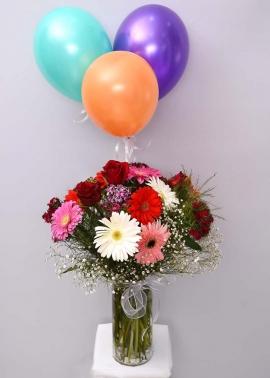 Uçan Balonlu Çiçek Tasarımı