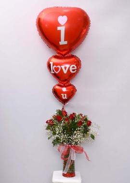 Uçan Balon ve Kırmızı Güller