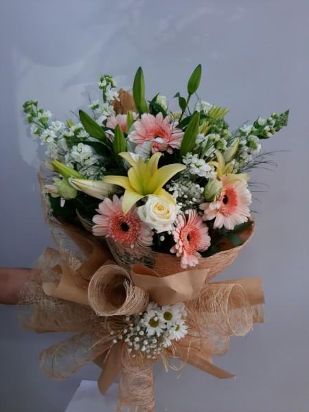 İzmir Çiçek Buketi