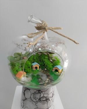 Teraryum Göl Konsept Küçük Elma